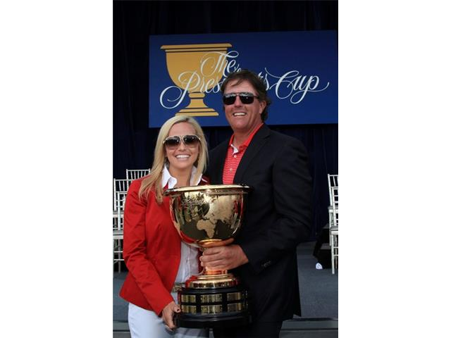 Phil Mickelson at the 2011 Presidents Cup